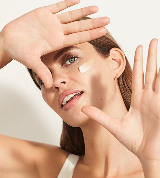 Descobreix el tractament facial Vitamina C